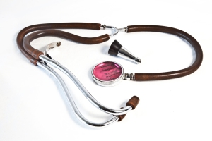 Binaural stethoscopes, with two rubber tubes, substituted monaural ones in the early 1900s